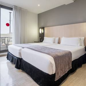 Zimmer Junior Suite Hotel ILUNION Almirante Barcelona